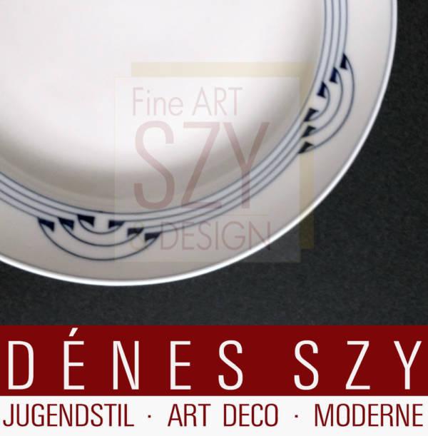 Meissen 1900, porcelain hanger pattern Art Nouveau dessert plate by Grust