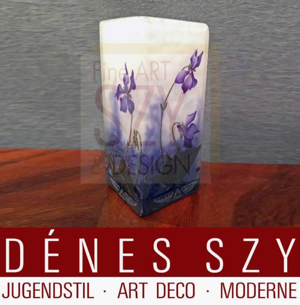 Vase mit Alpenveilchen, Daum Nancy um 1905
