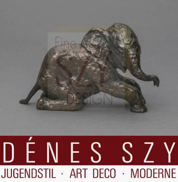Renée Sintenis Kniender Elefant. Bronze 1936
