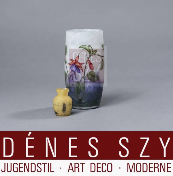 Daum Nancy Miniatur Glas Vase, Segelbote