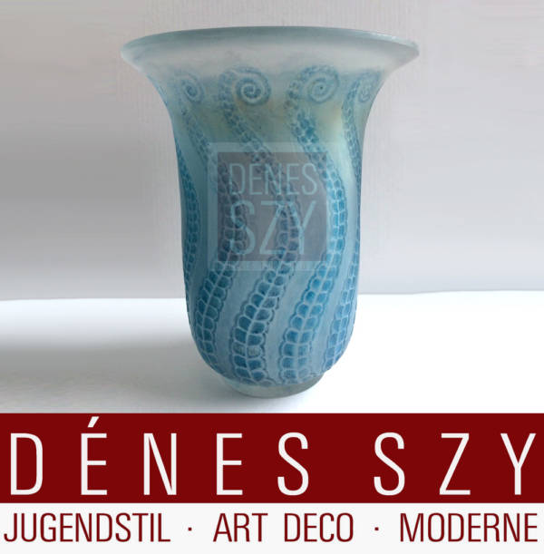 Rene Lalique France, Vase Meduse 1921 R. LALIQUE