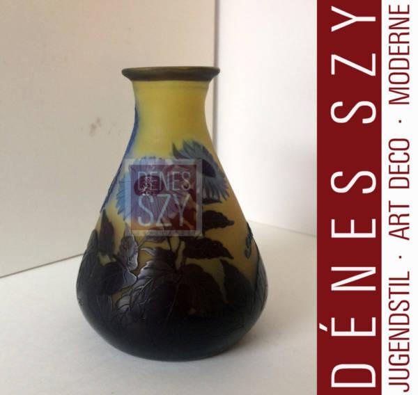 piccolo vaso in vetro cammeo di Emile Gallé