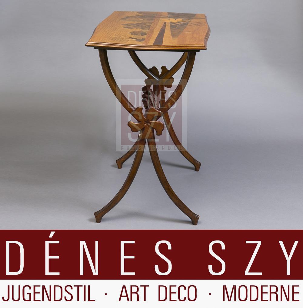 Jugendstil Beistell Tisch mit Edelholz Marketerien von Emile Galle Nancy um 1900