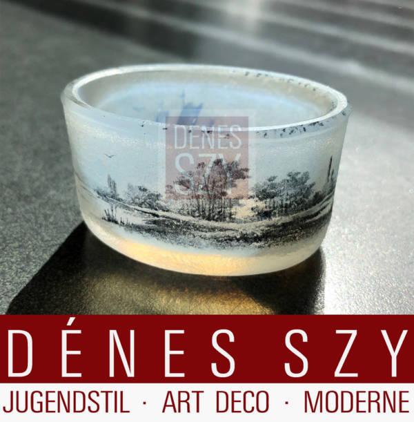 Art Nouveau Miniatur Vase oder Gewuerzschale, Glas, mit niederlaendischer Landschaft mit Segelbooten