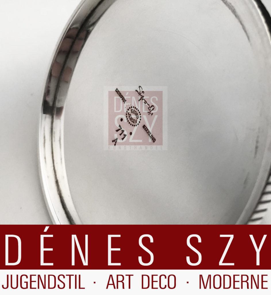 Sterling Silber Kerzenhalter von Sigvard Bernadotte fuer die Georg Jensen Silberschmiede, Kopenhagen Daenemark