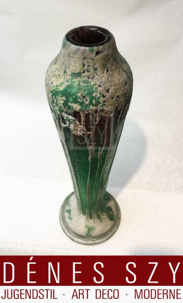 hohe schlanke franzoeische Jugendstil Glas Vase