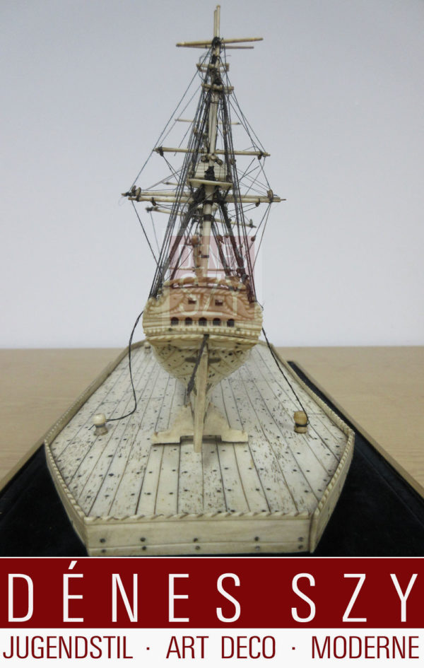 Osso nave, fregata, nave da guerra intorno al 1800, modello di un tre-maestro