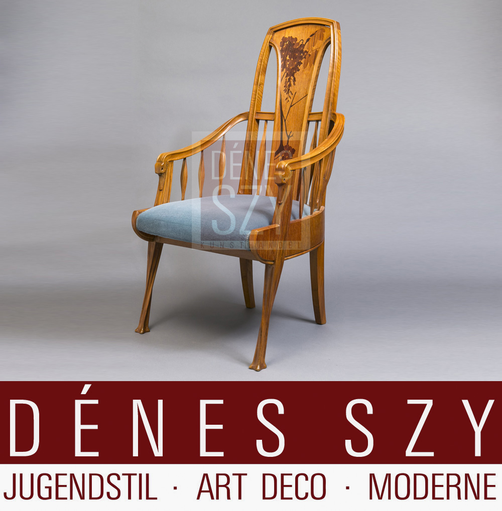 Majorelle Stuhl aus Edelholz mit feinen Intarsien Arbeiten