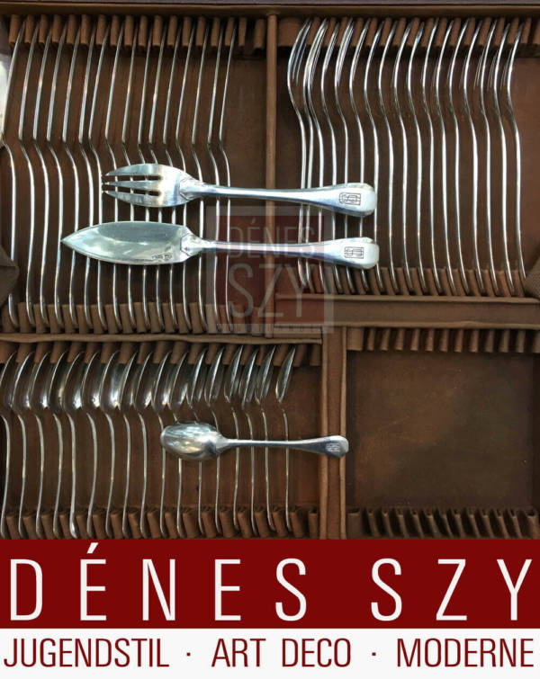 "PUIFORCAT Art Deco Silber Besteck Set Muster ""Dinard"", Design: J. E. Puiforcat 1929, Gemarkt mit EP und Minervakopf für Silber 950, Enthält 182 Teile, insgesamt 8.610 g."
