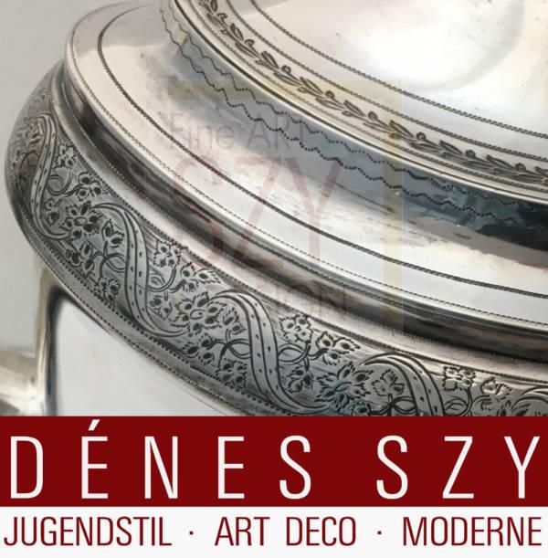 Teekanne mit Edelholzgriff und Knauf, Entwurf und Ausführung: London, England 1800 (Teekanne) und 1810 (Tablett), Sterling Silber