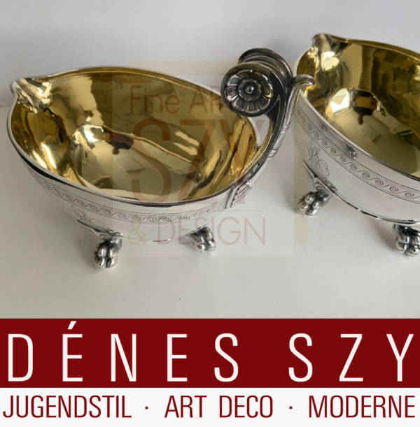 Pair of silver sauce boats, Execution: Sy and Wagner, Berlin around 1890. Germany, Berlin around 1890, 750 silver