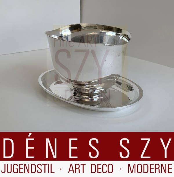 Mid-Century modern Sterling Sauciere #275, Entwurf: Karl Gustav Hansen 1938, Ausführung: Hans Hansen Silberschmiede, Kopenhagen 1955, Sterling Silber 925