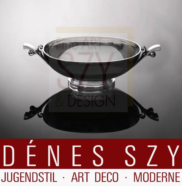Art Deco Jardiniere / große Schale / centerpiece bowl #636, Muster Pyramide, Entwurf: Harald Nielsen 1928, Ausführung: Georg Jensen Silberschmiede, Kopenhagen 1933-44, Dänemark, Sterlingsilber