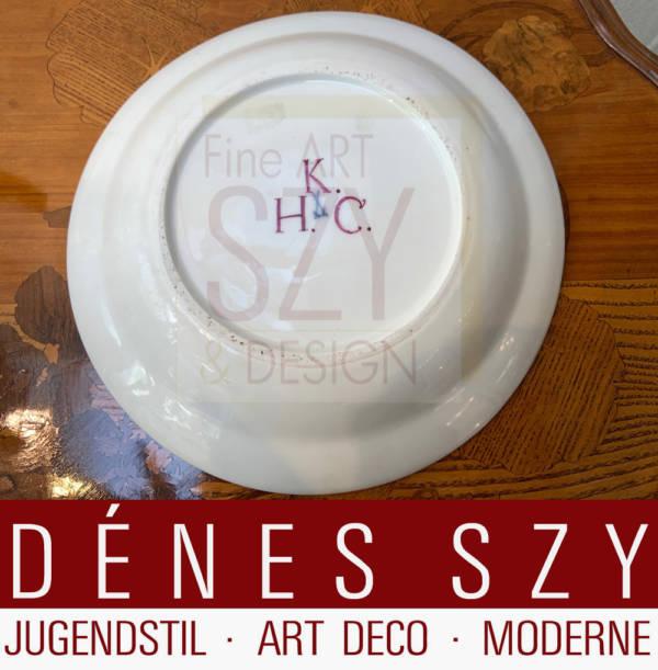 Porzellan Speiseteller Dekor Roter Hofdrache, Ausführung: Königliche Porzellanmanufaktur Meissen, Meissen um 1740, Camaieu-Dekor in Eisenrot, Gold gehöht