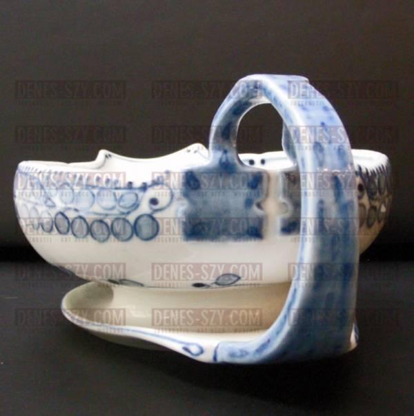 porcellana liberty di Meissen: Salsiera modello pannocchia blu di Richard Riemerschmid