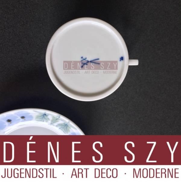 tazza da caffè in porcellana di Meissen epoca liberty modello primula