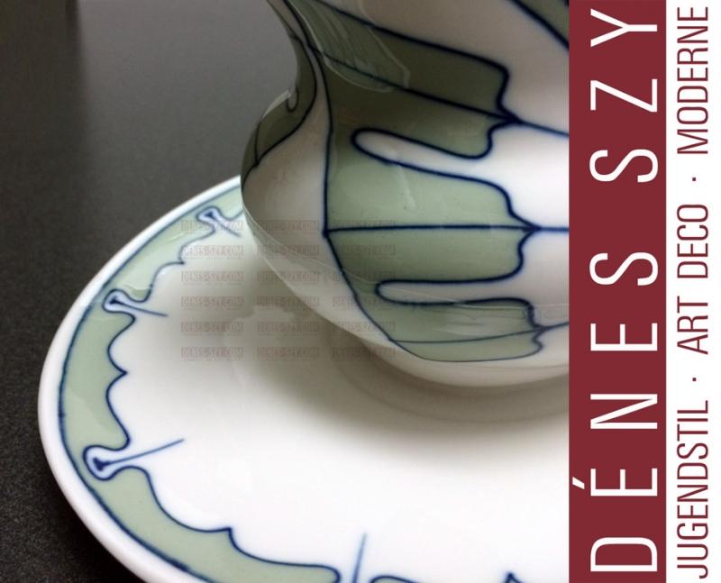 Meissen Art Nouveau porcelain, wing pattern, gravy boat by Hentschel