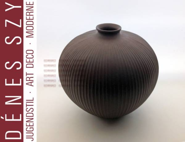 vaso a forma sferica in porcellana basalto nero di KPM Berlino