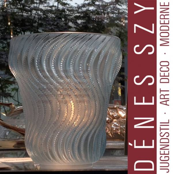 Lalique France Vase ACTINIA, 1934 RENE LALIQUE