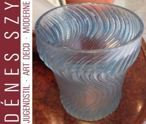 R. Lalique opalecent blue glass vase Actina 1934