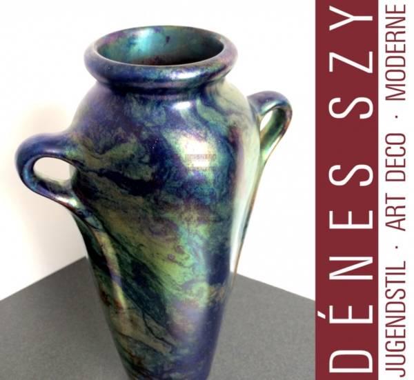 vaso biansato di Vilmos Zsolnay in stile liberty smaltato labrador