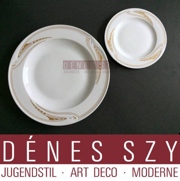 Meissen Art Nouveau porcelain bread plate whiplash pattern in gold