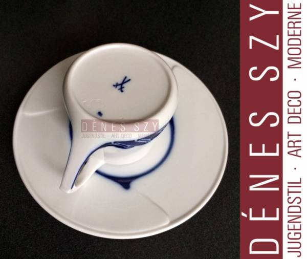 Henry van de Velde, Meissen porcelain mocha cup whiplash pattern