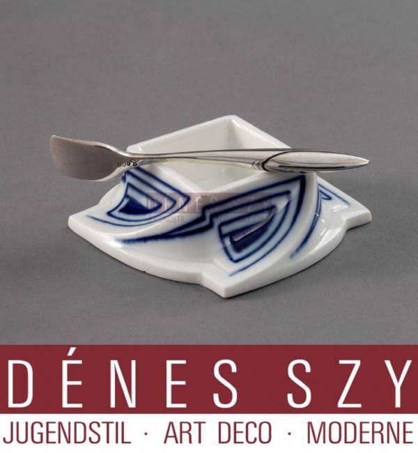 Recipient de poivron en porcelaine de motif coup de fouet émaillé en bleu, Meissen