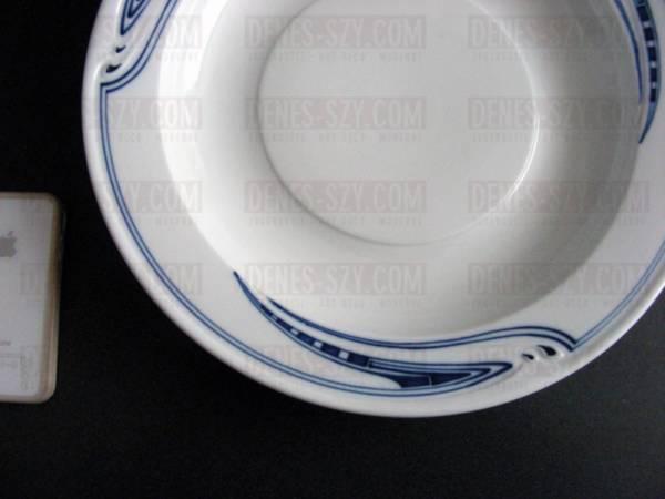 grande ciotola per pasta in porcellana di Meissen, epoca liberty