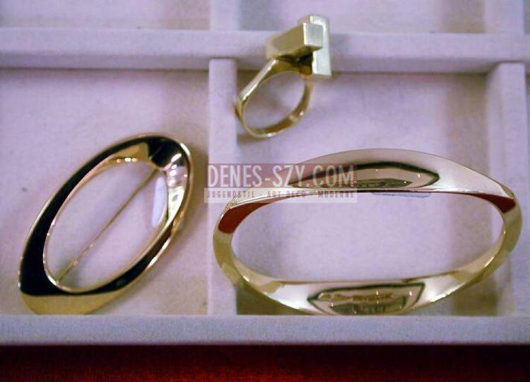 Hans Hansen 14 k. Gold (585/1000) Armreif, Brosche, Ring